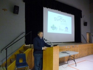 Stratford Mayor Dan Mathieson speaks at the Transportation Forum